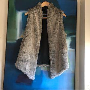 Tart faux fur vest